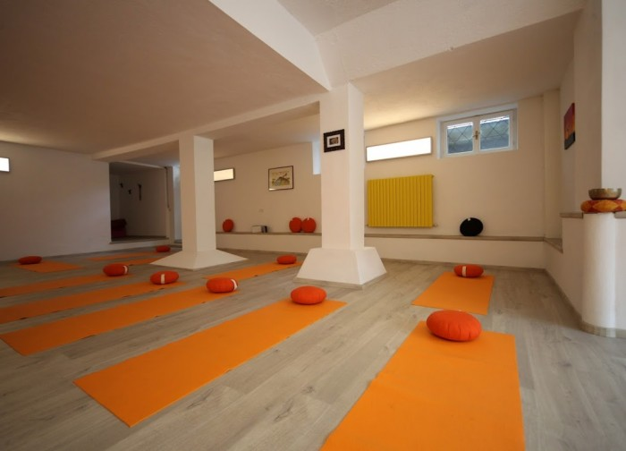 Yoga-Lago-scuola-yoga-lecco (6)
